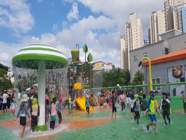 [크기변환]4.통영시 공원 어린이 물놀이장 올해 개장취소-죽림어린이공원 물놀이장.jpg